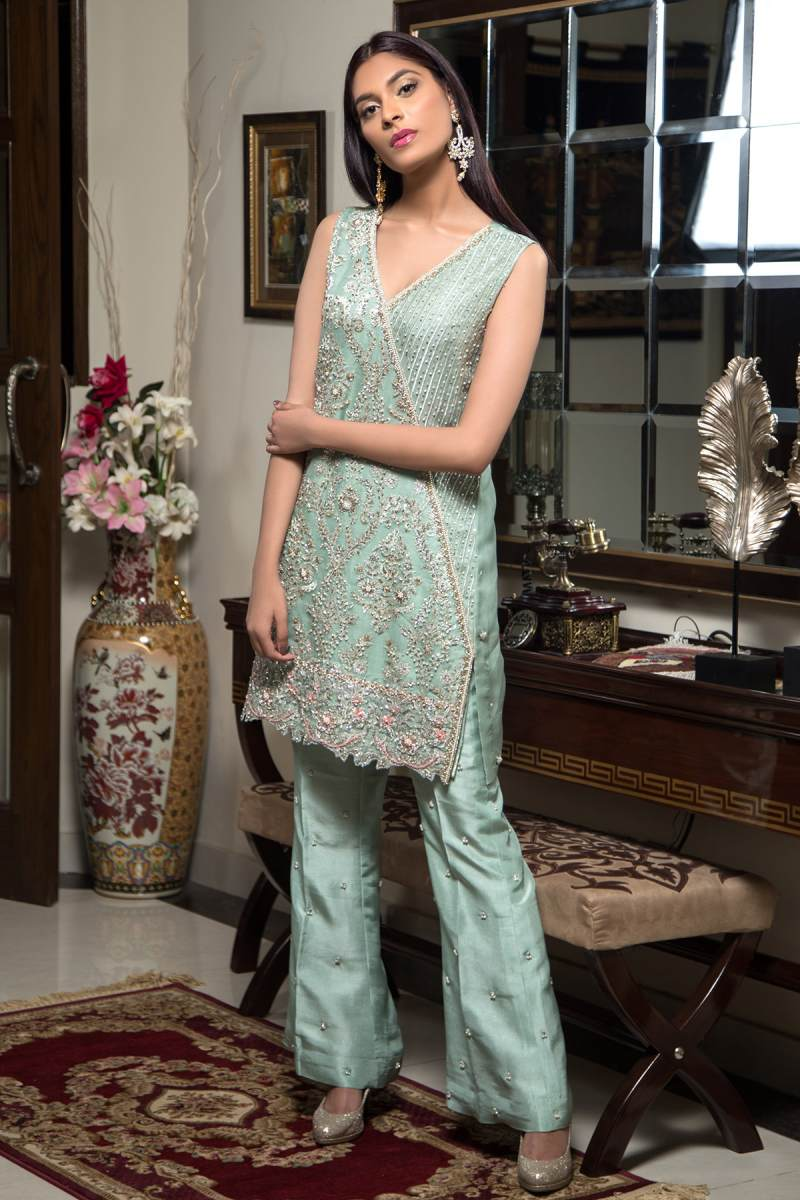 HA-06 HAMZA ANWAR LUXURY PRÉT 2018 VOL I - chambeili Bridal