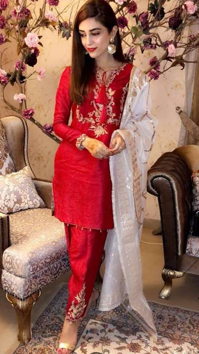 MAYA ALI SHALWAR ENSEMBLE PRET by Faiza Saqlain - chambeili Bridal
