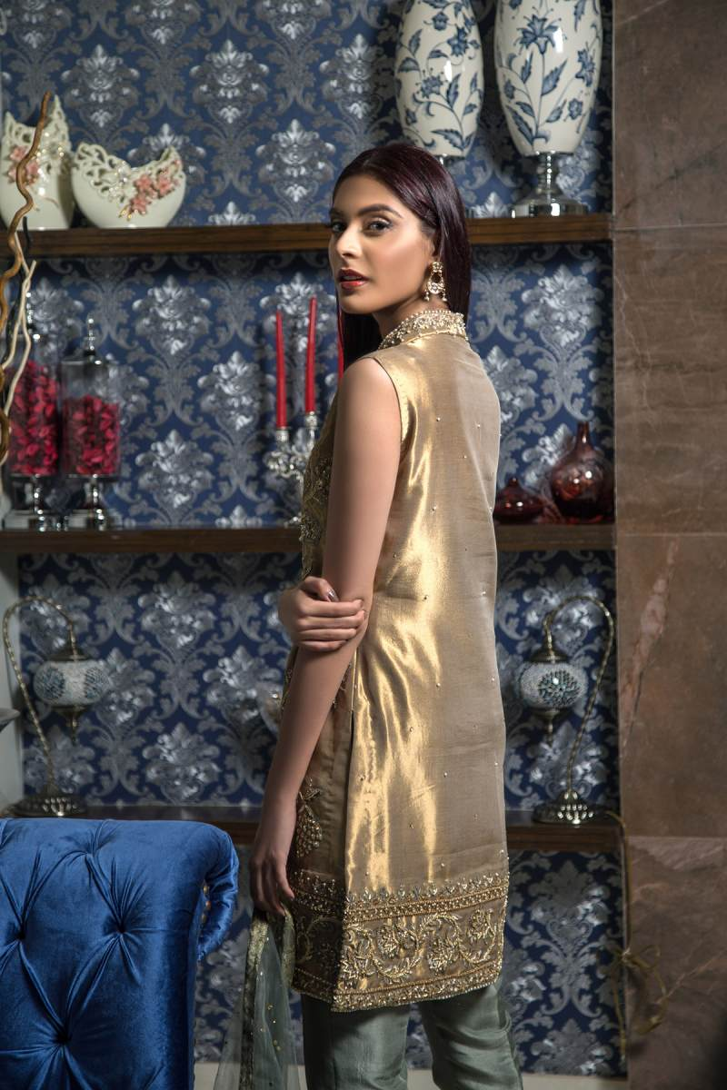 HA-09 HAMZA ANWAR LUXURY PRÉT 2018 VOL I - chambeili Bridal