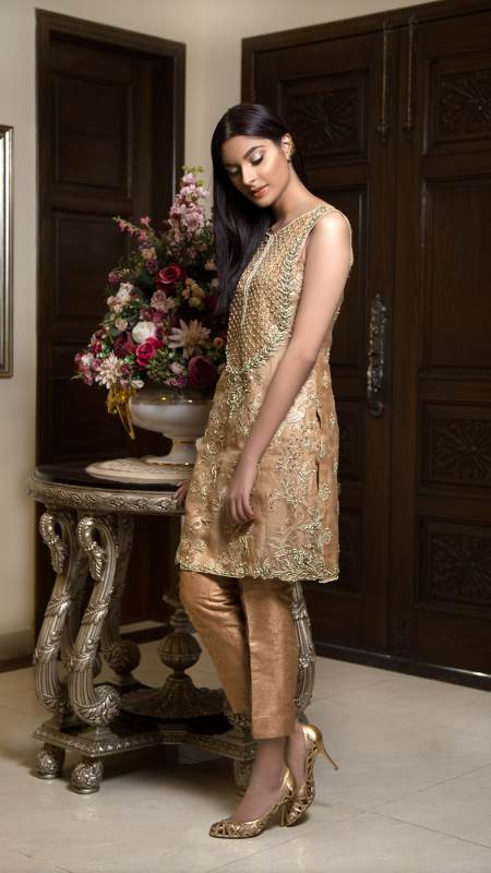 HA-04 HAMZA ANWAR LUXURY PRÉT 2018 VOL I - chambeili Bridal