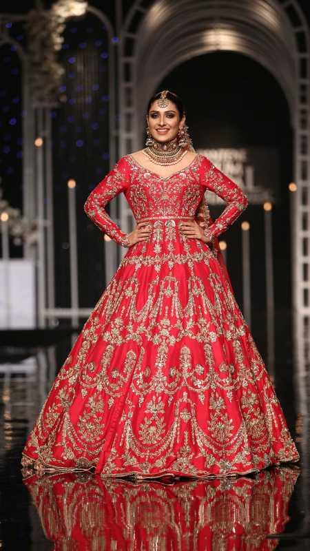 SHEHNAI SHADMANI BRIDAL #PanteneHumBridalCoutureWeek - chambeili Bridal