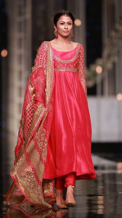 SHEHNAI SANJ ANARKALI FORMAL #PanteneHumBridalCoutureWeek - chambeili Bridal