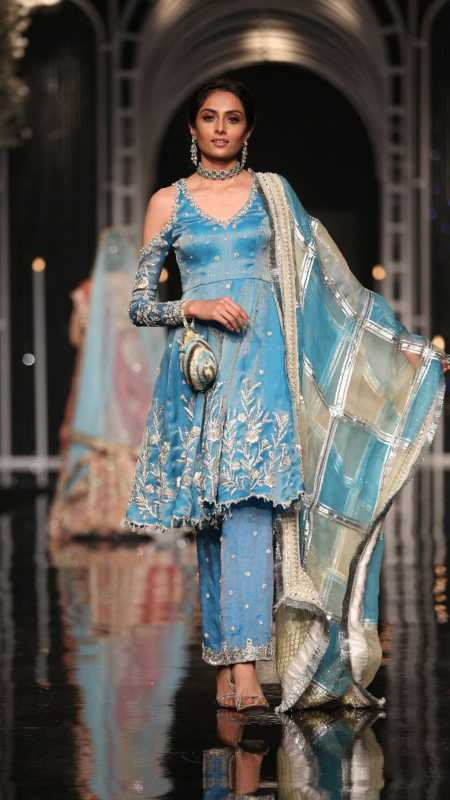 SHEHNAI SIMIN FORMAL #PanteneHumBridalCoutureWeek - chambeili Bridal