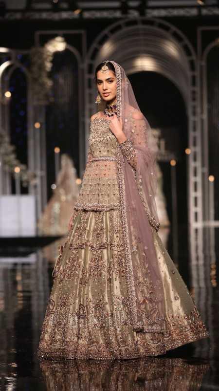 SHEHNAI AAMANI BRIDAL #PanteneHumBridalCoutureWeek - chambeili Bridal