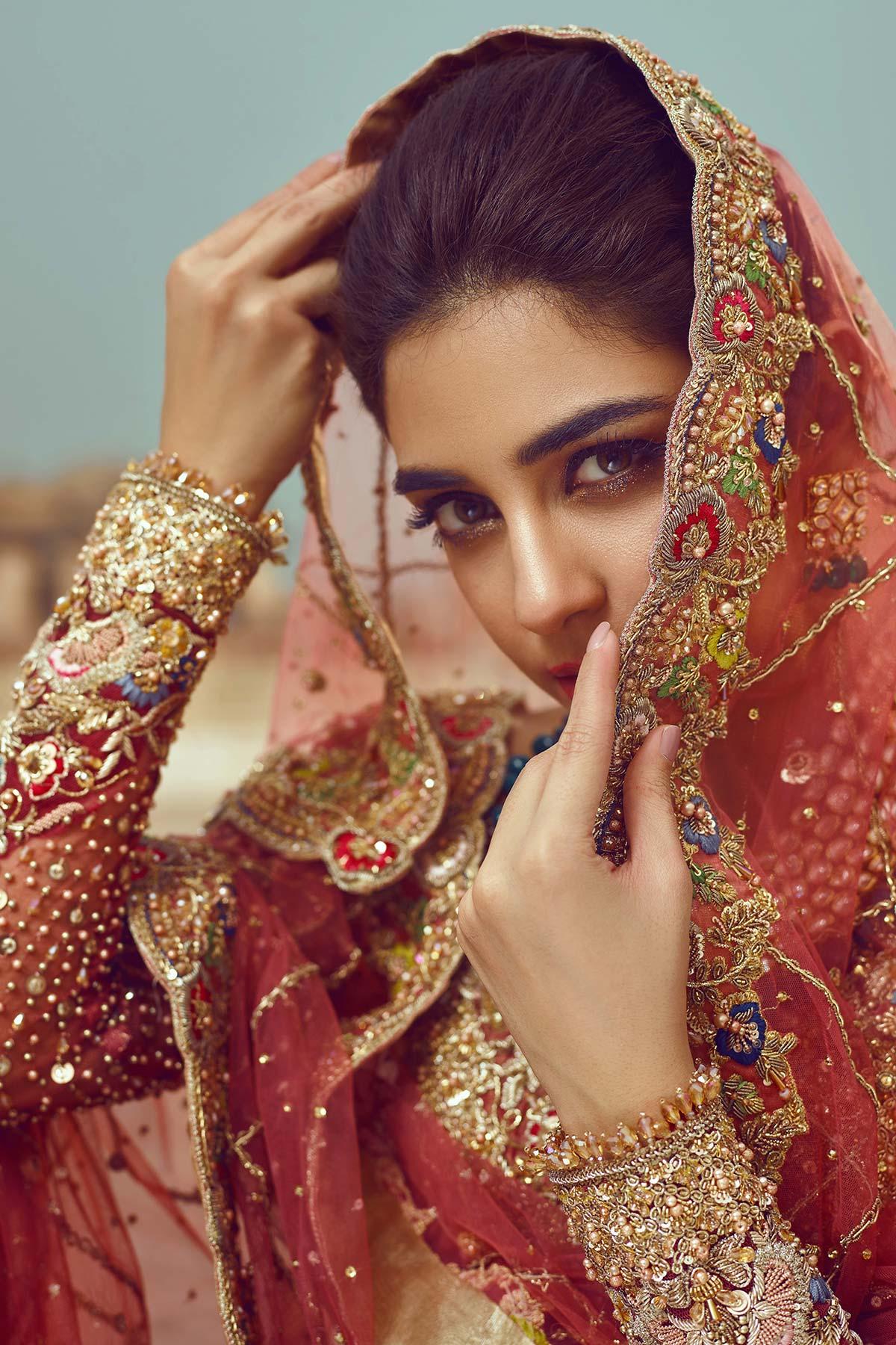 SHEHNAI PARIZA BRIDAL #PanteneHumBridalCoutureWeek - chambeili Bridal
