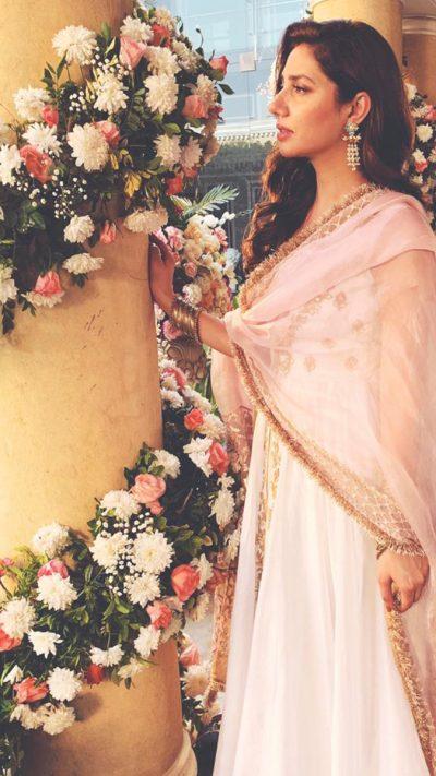 CELEBRITY MAHIRA PISHWAS ENSEMBLE PRET by Faiza Saqlain - chambeili Bridal
