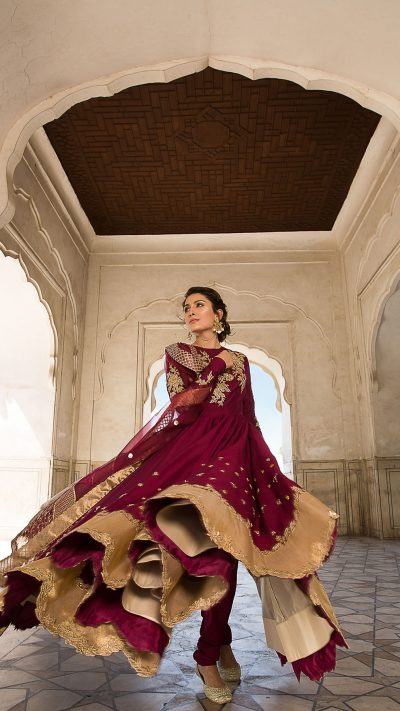 MOGRA DANEEN PISHWAS FORMAL WEAR by Faiza Saqlain - chambeili Bridal