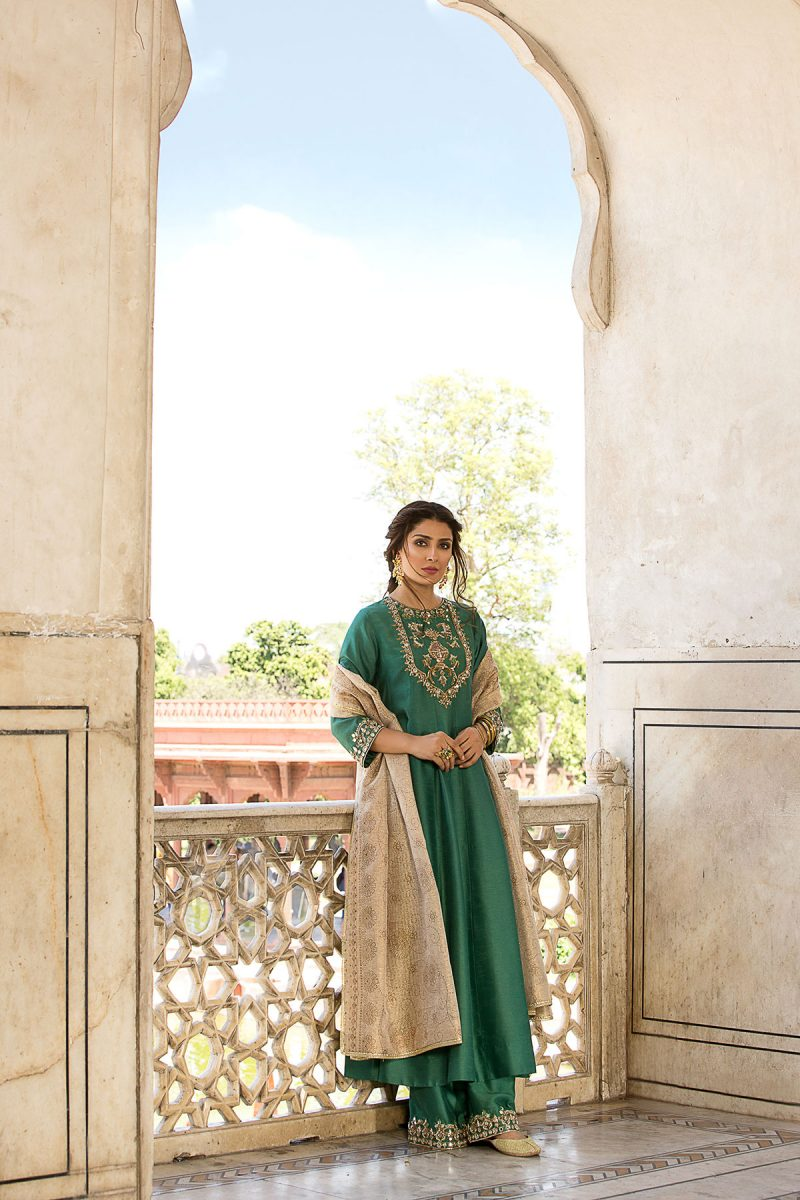 MOGRA ZAMURD FORMAL WEAR by Faiza Saqlain - chambeili Bridal